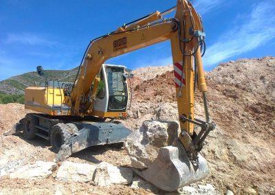 Excavadora giratoria 18 tn